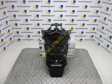 Immagine di PARAFANGO POSTERIORE MOTO CON PORTA TARGA YAMAHA X MAX 250 -2008-